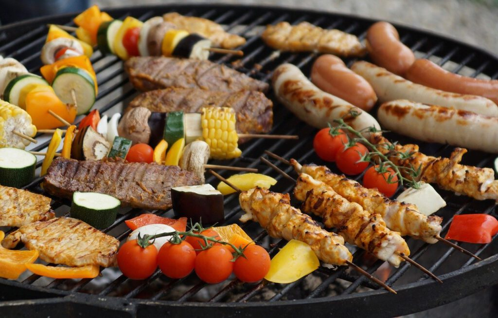 grilling, from the tablegrill, grilled meats-2491123.jpg